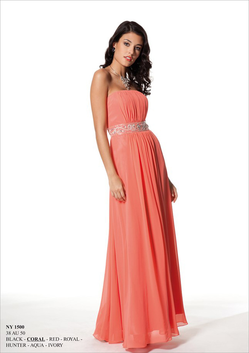 f8e82634de1 Be Beautiful - Společenské šaty